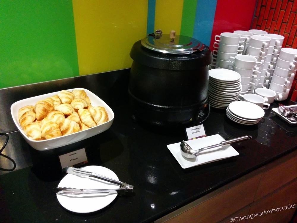 chiang mai ambassador Ibis Styles Buffet Lunch